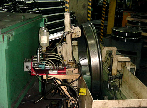magnetic-inspection-of-railway-wheels-01